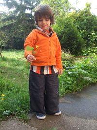 Nils dans le jardin 2 - Copie