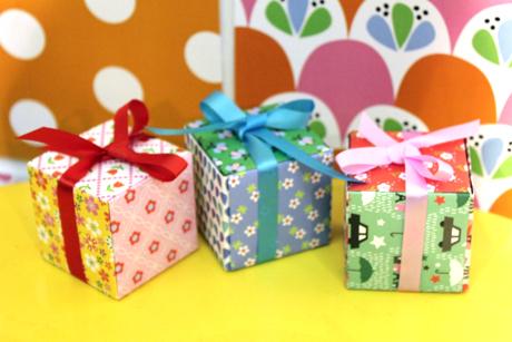 Origami cube fifi mandirac