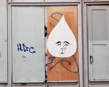 Collage goutte rue de la forge royale75011 paris