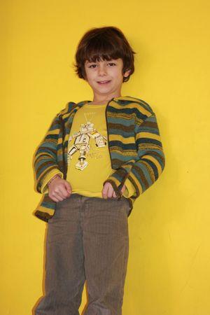 Nils en jaune