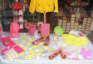 Vitrine fluo-neon jaune rose lilli bulle
