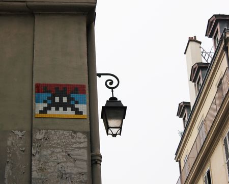 Space Invader rue de Beaune 75007 Paris