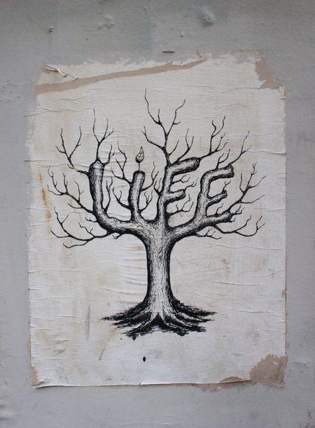 Affiche Life rue de Seine 75011 Paris
