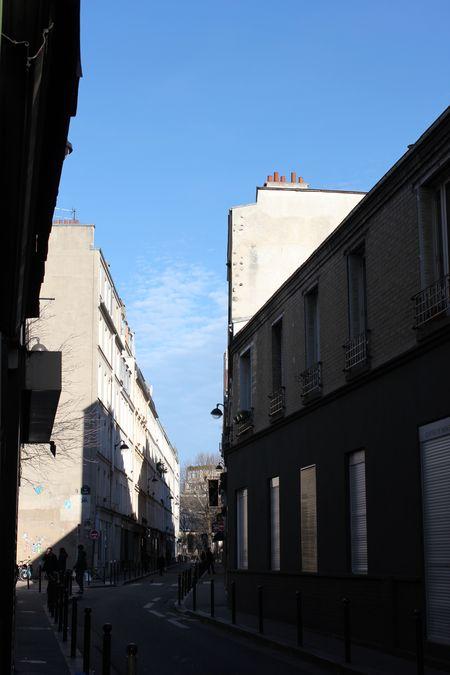 Rue de la forge royale un samedi