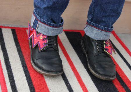 Eclairs rouges shwings chaussures pèpè