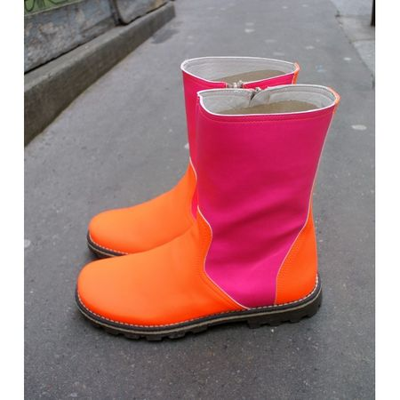 Boots-bicolores-rose-et-orange-fluo-chat-mechant-lilli-bulle