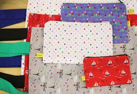 Fifi Mandirac trousse pochette et cabas en tissus à motifs