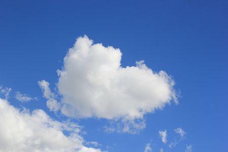 Un coeur dans le ciel