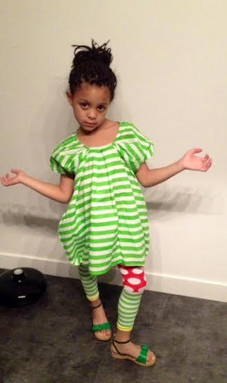 Ella en robe rayée verte Bodebo