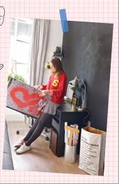 Livre teenage girls in Paris Paumes japon