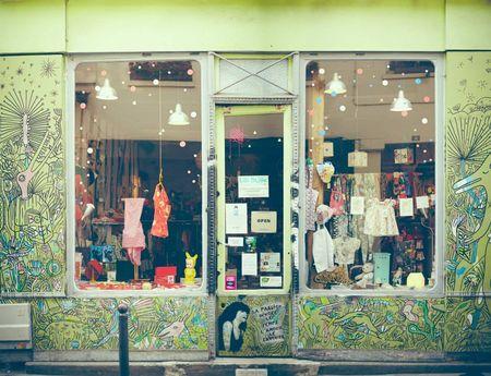 Boutique Lilli Bulle 75011 Paris par Delphine Le Berre