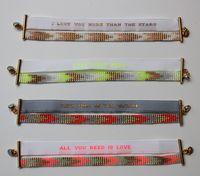 Les filles aux petits pois bracelets perlés