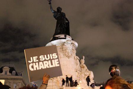 Place de la République 07 déc 2015