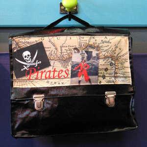Cartable_noir_pirate_minisri