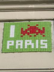 Copie_de_p1010103_space_invader_paris_5e