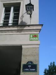 P1010102_space_invader_rue_de_lhotel_col